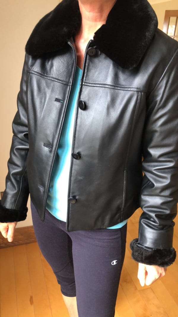 Danier Leather Jacket 081874c4-8909-4207-9a51-1c04b6cd7ec9