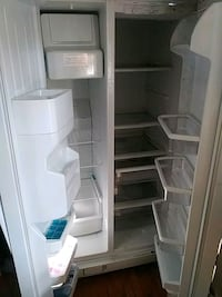 white side-by-side refrigerator Fort Washington, 20744