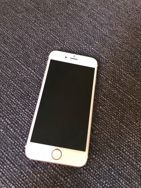 Used iPhone 6s 64gb rosa for sale in Malmö - letgo 062ea6565bf6f
