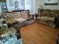 $420.00 floral sofa, love seat and chair,  New Orleans, 70128