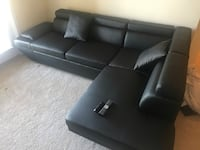 Sectional sofa with pull out - READ DESCRIPTION  Ashburn, 20148