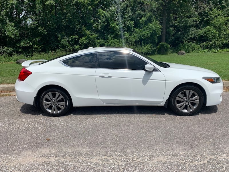 Only 100k miles even, MD state inspected 2011 Honda Accord Coupe EXL fully loaded $8500 obo  9eaf79c3-0416-44e9-8660-8f6e08483255