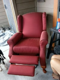 Red recliner San Antonio, 78232