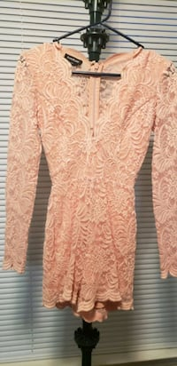 Long-sleeved lace romper Largo, 20774