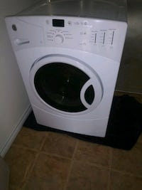 GE White front-load washer(needs fixing) Dallas, 75241