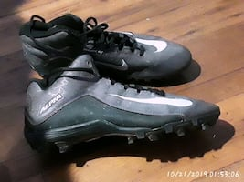 nike soccer/football cleats size 10.5