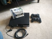 Ps3 w/ 2 controllers & 7 games Denver, 80231