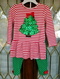 CHRISTMAS Outfit from Dillard's - 24 mos 1203 mi