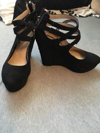 pair of black suede wedge shoes Windsor, N8T 2S2