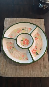 white and green floral ceramic plate Snoqualmie, 98065