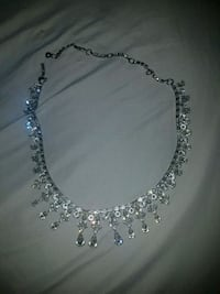 Sparkling necklace  Spruce Grove, T7X