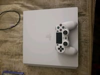Ps4 pro white. 4 controllers and 4 games Tucson, 85711