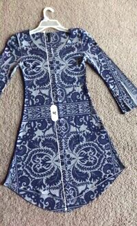 Blue and white floral long-sleeved dress 5 km