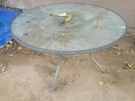 Glass table 5'round $75