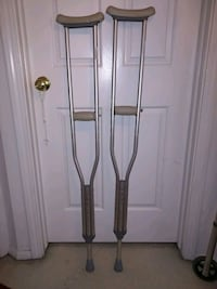Barely used crutch Springfield, 22153