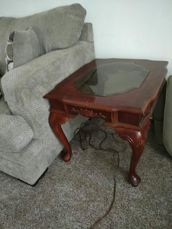 Used Coffee Table With Two End Tables For Sale In Pittsburgh Letgo