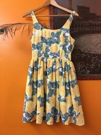 Floral dress-small! Dress it up or down!