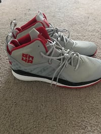 Dwight Howard Adidas size 17 Hyattsville, 20782