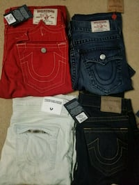 4 pairs of brand new true religion jeans Mississauga, L5W 1G8
