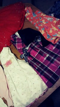 Girls dresses and jeans 3t-5t