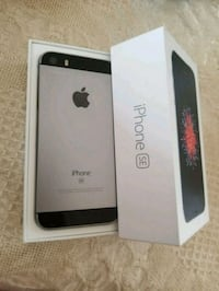 iPhone5se 64gb factory unlocked  Mississauga, L5C 2E7