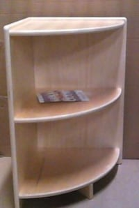 New wood designs high corner shelf Toronto, M1K 2E3