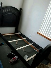 black and white wooden bed frame Portland, 97203