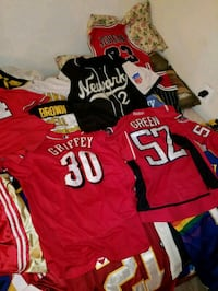 red and black Adidas jersey shirt Alexandria, 22309