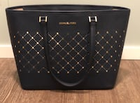 Michael Kors tote (mint condition) Winnipeg, R2C 2E1