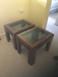 End tables. Pair oak and glass end tables Easton, 18042