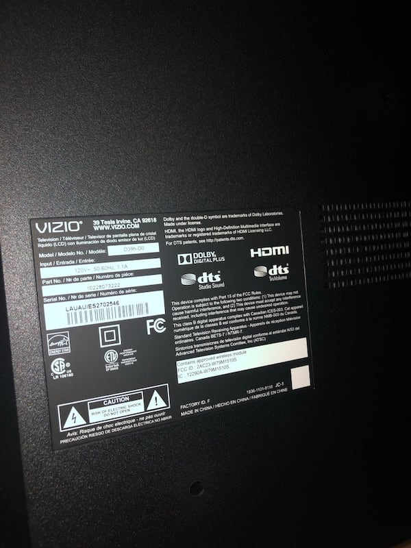 """Vizio TV for sell! 32"""" 5975203c-2772-41ae-be3a-67bc19317203"""