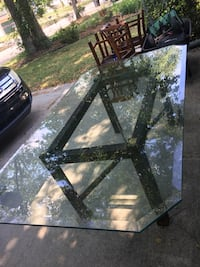 Glass Dining Room Table w Chairs