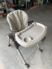 Chicco baby Chair foldable.!!! Clarksburg
