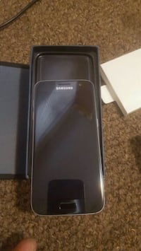Samsung s7 mint condition  Edmonton, T5H 4E6