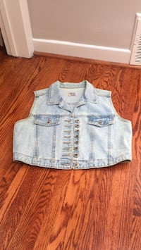 Denim jacket vest Toronto, M3J 1Y4