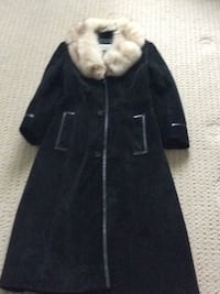 black and white fur coat 535 km