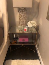 (2) side tables