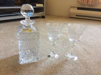 Clear cut glass decanter with two goblets Burnaby, V3N 4Y8