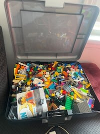 Case of LEGO / Negotiable