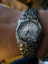 round silver-colored analog watch with link bracelet Phoenix, 85019