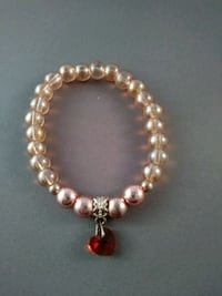 Peach beaded bracelet with heart charm Nashua, 03060