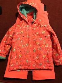 Roxy snow jacket/overalls size 6/7 Wikiup, 95403