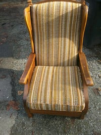Vintage reclining armchair re-upholstery project Langley, V3A 7Y4