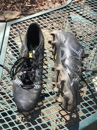 Adidas boys soccer cleats, size 8 (Falls Church) Falls Church, 22044