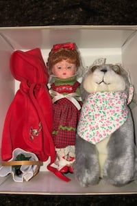 Madame Alexander Collectible Little red riding hood with wolf doll