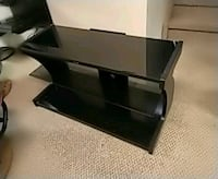 Glass tv stand Winnipeg, R3W 1K2