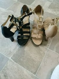 Heeled Naturalizer sandals size 10