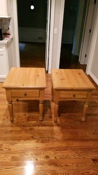 end tables set Bloomfield Hills, 48301