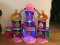 Shimmer & Shine Large Play Castle Crofton, 21114