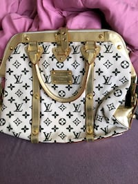 Louis Vuitton Purse Edmonton, T5L 0M4